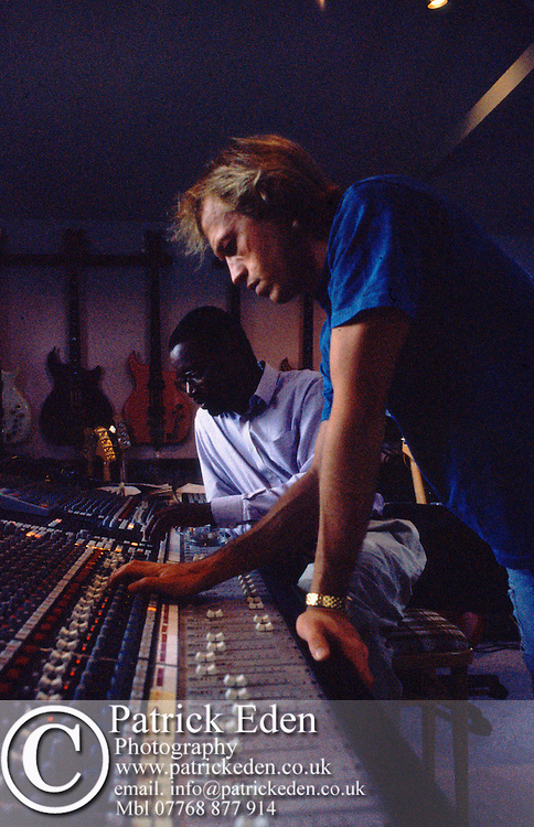 Level 42, Recording seessions for the Guaranteed Album, At the Summer House Studio, 1990, Isle of Wight, Photographs copyright Patrick Eden, Mark King Mike Lindup Gary Husband Wally Badarou Alan Holdsworth photograph photography