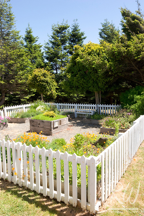 Garden and White Picket Fence, Fort Humboldt State Historic Park, Eureka, California