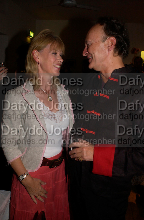 Nettie Mason ( Mrs. Nick Mason) and Count Christophe Gollut. Blood Wedding Post - performance party. Count Christophe Gollut's annual fundraising Gala for the Almeida. Islington. London. 17 May 2005. ONE TIME USE ONLY - DO NOT ARCHIVE  © Copyright Photograph by Dafydd Jones 66 Stockwell Park Rd. London SW9 0DA Tel 020 7733 0108 www.dafjones.com