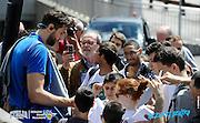 DESCRIZIONE: Folgaria Ritiro Nazionale Italiana Maschile Senior - Autografi <br /> GIOCATORE: Andrea Bargnani<br /> CATEGORIA: Nazionale Maschile Senior<br /> GARA: Folgaria Ritiro Nazionale Italiana Maschile Senior - Autografi <br /> DATA: 11/06/2016<br /> AUTORE: Agenzia Ciamillo-Castoria