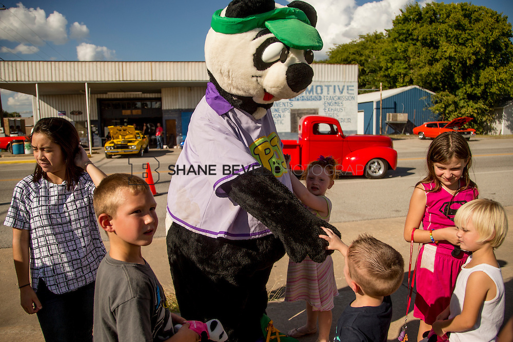 9/24/16 4:24:43 PM --  PJ Panda appears at a car show in Locust Grove for Children's Miracle Network. <br /> <br /> Photo by Shane Bevel