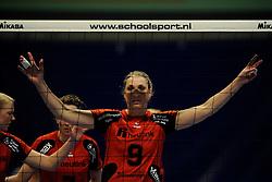 27-03-2011 VOLLEYBAL: TVC AMSTELVEEN - HEUTINK POLLUX: AMSTELVEEN <br /> Halve finale playoffs eredivisie 2010 - 2011 / Jeanine Stoeten <br /> ©2011 Ronald Hoogendoorn Photography