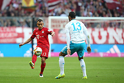16.04.2016, Allianz Arena, Muenchen, GER, 1. FBL, FC Bayern Muenchen vs Schalke 04, 30. Runde, im Bild Rafinha (FC Bayern Muenchen) Eric-Maxim Choupo-Moting ( FC Schalke 04 ) // during the German Bundesliga 30th round match between FC Bayern Munich and Schalke 04 at the Allianz Arena in Muenchen, Germany on 2016/04/16. EXPA Pictures © 2016, PhotoCredit: EXPA/ Eibner-Pressefoto/ Langer<br /> <br /> *****ATTENTION - OUT of GER*****