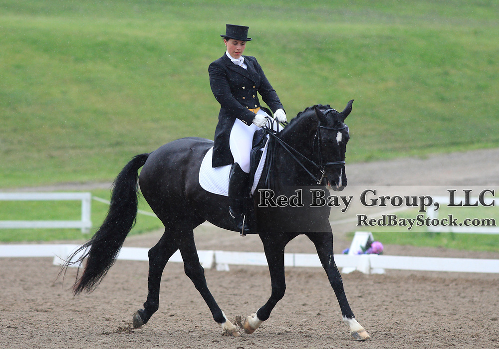 Sharon Nilsson and Cosmos at the 2010 Equivents Spring Classic in Milton, Ontario.