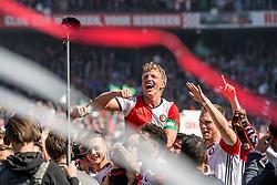 14-05-2017 NED: Kampioenswedstrijd Feyenoord - Heracles Almelo, Rotterdam<br /> In een uitverkochte Kuip pakt Feyenoord met een 3-0 overwinning het landskampioenschap / Dirk Kuyt #7
