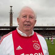 Amsterdam, 03-07-2013. Oud-Ajaxied Sjaak Swart wordt 75 jaar en krijgt een jubileumwedstrijd in het Olympisch Stadion te Amsterdam. Vele oud-Ajax gedienden waren uitgenodigd. Mr. Ajax - Sjaak Swart maakte deel uit van oud-Ajax elftal. Foto: Henk Groot.
