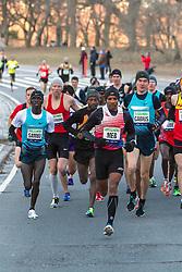 first mile of race for elite men in Central Park,