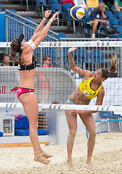 30.07.2014, Strandbad, Klagenfurt, AUT, FIVT, A1 Beachvolleyball Grand Slam 2014, Hauptrunde, im Bild Lena Maria Plesiutschnig (AUT) gegen Georgina Klug (ARG) // during Main Draw Match of the A1 Beachvolleyball Grand Slam at the Strandbad Klagenfurt, Austria on 2014/07/30. EXPA Pictures © 2014, EXPA Pictures © 2014, PhotoCredit: EXPA/ Johann Groder
