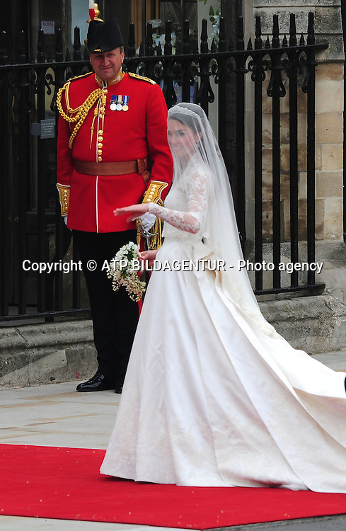 Catherine Middleton arriving with her father Michael Middleton<br /><br />The Wedding of Prince William and Catherine Middleton - Westminster Abbey<br /><br />London, England - 29.04.11<br />Mandatory Credit: &copy; ATP Anthony Stanley