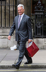 © Licensed to London News Pictures. 12/06/2017. London, UK. Conservative MP SIR ALAN DUNCAN seen in Westminster. Over the weekend British prime minister Theresa May formed a new cabinet and continues discussions with the DUP in an attempt to form a new government. Photo credit: Ben Cawthra/LNP
