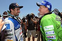 MOTORSPORT - DAKAR ARGENTINA CHILE 2011 - STAGE 13 : CORDOBA (ARG) / BUENOS AIRES (ARG) - 15/01/11 - PHOTO : ERIC VARGIOLU / DPPI - <br /> RODRIGUES HELDER (POR) - YAMAHA / TEAM YAMAHA RACING FRANCE IPONE - AMBIANCE PORTRAIT <br /> ULLEVALSETER PÅL ANDERS (NOR) - KTM / TEAM SCANDINAVIA - AMBIANCE PORTRAIT