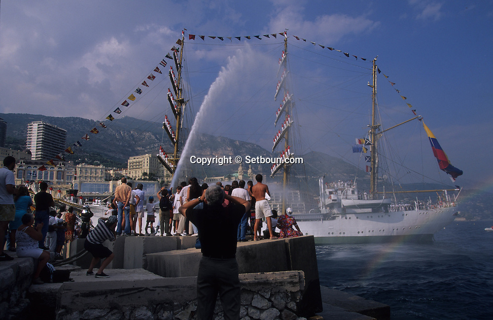 The  -  Captain Miranda -  school sailing ship (Colombia), during the Big parade Classic week,    Monaco        Le voilier école   - Captain Miranda  -  Colombie  durant la grande parade de la  - classic week -     Monaco   R00286/17    L4101  /  R00286  /  P0007582
