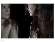 twee meisjes en een schurk | 4press