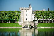 Pool and bridge, Chateau de Villandry, Villandry, Loire Valley, France