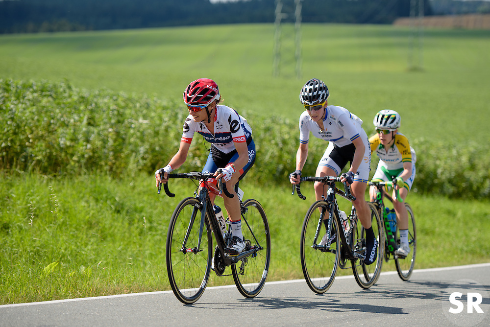 Ashleigh Moolman Pasio sets the pace and forces a small break on the longest climb of the day. Only Johansson and Spratt can follow.  Thüringen Rundfarht 2016 - Stage 6 a 130 km road race starting and finishing in Schleiz, Germany on 20th July 2016.