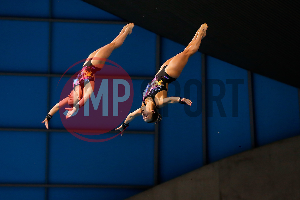 Tonia Couch (R) and Lois Toulson of Great Britain compete during the Womens 10m Synchronised Platform Final - Mandatory byline: Rogan Thomson/JMP - 10/05/2016 - DIVING - London Aquatics Centre - Stratford, London, England - LEN European Aquatics Championships 2016 Day 2.