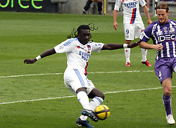 Bafetimbi Gomis of Lyon shoots. <br /> Toulouse v Lyon (2-0), Ligue 1, Stade Municipal, Toulouse, France, 1st May 2011.