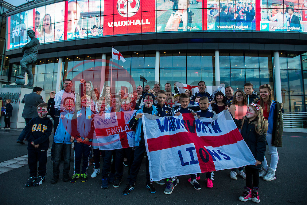 Warms worth Kions, Doncaster's U10 arrive to support England at Wembley ahead of England v Estonia match - Mandatory byline: Jason Brown/JMP - 07966 386802 - 09/10/2015- FOOTBALL - Wembley Stadium - London, England - England v Estonia - Euro 2016 Qualifying - Group E