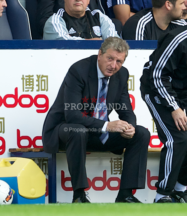 WEST BROMWICH, ENGLAND - Sunday, August 28, 2011: West Bromwich Albion's manager Roy Hodgson looks dejected after his goalkeeper's mistake handed victory to Stoke City in the late minute during the Premiership match at the Hawthorns. (Pic by David Rawcliffe/Propaganda)