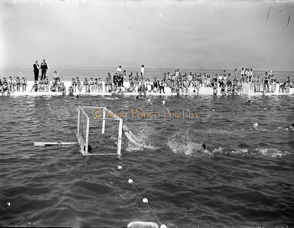 13/8/1955<br /> 8/13/1955<br /> 13 August 1955<br /> Ulster v Leinster Interprovincial Water Polo at the Blackrock Baths, Dublin.