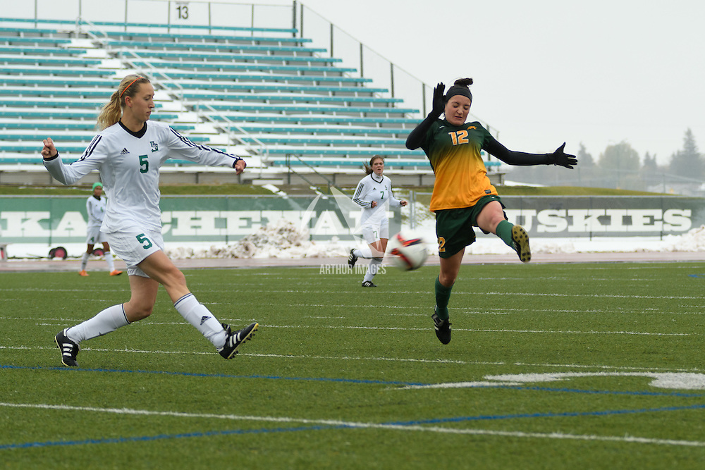 3rd year midfielder Sarah Moroziuk (12) of the Regina Cougars in action during the Women's Soccer  road trip to Saskatoon on October 9 at Griffiths Stadium. Credit: Arthur Ward/Arthur Images