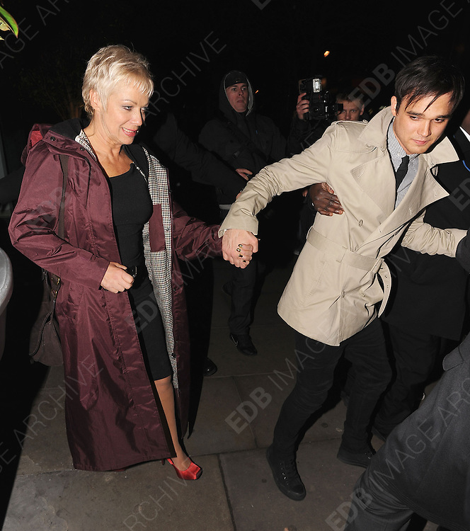 01.FEBRUARY.2011. LONDON<br /> <br /> DENISE WELCH AND GARETH GATES ATTENDING THE DANCING ON ICE PARTY AT BUNGALOW 8 IN CENTRAL LONDON<br /> <br /> BYLINE: EDBIMAGEARCHIVE.COM<br /> <br /> *THIS IMAGE IS STRICTLY FOR UK NEWSPAPERS AND MAGAZINES ONLY*<br /> *FOR WORLD WIDE SALES AND WEB USE PLEASE CONTACT EDBIMAGEARCHIVE - 0208 954 5968*