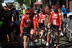Juliette Labous (FRA) leads Team Sunweb to sign on at Stage 2 of 2020 Santos Women's Tour Down Under, a 114.9 km road race from Murray Bridge to Birdwood, Australia on January 17, 2020. Photo by Sean Robinson/velofocus.com
