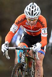 01-02-2014 WIELRENNEN: UCI CYCLO-CROSS WORLD CHAMPIONSHIPS: HOOGERHEIDE <br /> WK veldrijden in Hoogerheide / Thalita de Jong<br /> ©2014-FotoHoogendoorn.nl