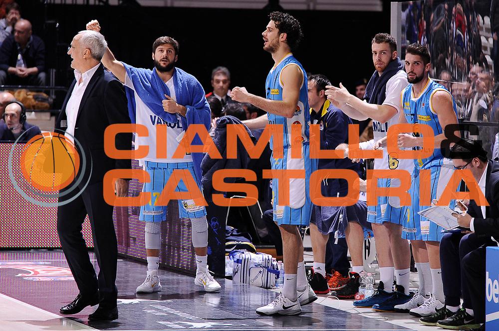 DESCRIZIONE : Bologna Lega A 2014-15 Granarolo Bologna Vanoli Cremona<br /> GIOCATORE : team<br /> CATEGORIA : esultanza<br /> SQUADRA : Vanoli Cremona<br /> EVENTO : Campionato Lega A 2014-15<br /> GARA : Granarolo Bologna Vanoli Cremona<br /> DATA : 20/12/2014<br /> SPORT : Pallacanestro <br /> AUTORE : Agenzia Ciamillo-Castoria/M.Marchi<br /> Galleria : Lega Basket A 2014-2015 <br /> Fotonotizia : Bologna Lega A 2014-15 Granarolo Bologna Vanoli Cremona<br /> Predefinita :