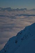 Mer de brouillard et préalpes en hiver vu du Moléson; Nebelmeer mit Voralpen im Winter vom Moléson aus. © Romano P. Riedo