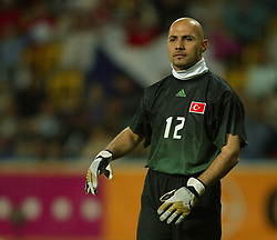 TEPLICE, CZECH REPUBLIC - Wednesday, April 30, 2003: Turkey goalkeeper Omer Catkic during a friendly match at the Teplice Stadion Na Stinadlech. (Pic by David Rawcliffe/Propaganda)