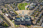 Nederland, Noord-Holland, Amsterdam, 09-04-2014; <br /> Het gerenoveerde Rijksmuseum aan de Stadhouderskade met zicht op het Museumplein. Langs de rechterkant van het Museumplein het Van Goghmuseum, het Stedelijk Museum Amsterdam en tenslotte het Concertgebouw aan de kopse kant.<br /> IJsbaan is nu een vijver, links naast het museum het eveneens gerenoveerde zwembad Zuiderbad.  In het linker frontperk een beeld van Henry Moore.<br /> Detailed view on the newly renovated worldfamous Rijksmuseum on the Stadshouderskade and the Museumplein, the Van Goghmuseum and the Stedelijk Museum, next to the museum the historic swimming  pool Zuiderbad. The Concertgebouw in the back. <br /> luchtfoto (toeslag op standard tarieven);<br /> aerial photo (additional fee required);<br /> copyright foto/photo Siebe Swart
