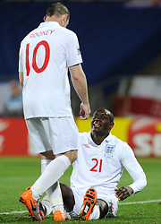 12.06.2010, Royal Bafokeng Stadium, Rustenburg, RSA, FIFA WM 2010, England (ENG) vs USA (USA), im Bild Wayne Rooney e Emile Heskey (England). EXPA Pictures © 2010, PhotoCredit: EXPA/ InsideFoto/ Giorgio Perottino / SPORTIDA PHOTO AGENCY
