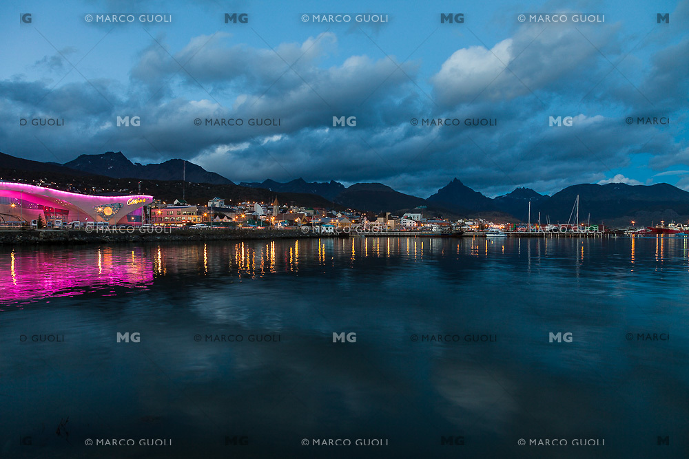 BAHIA Y CIUDAD DE USHUAIA DE NOCHE, CASINO EN PRIMER PLANO, PROVINCIA DE TIERRA DEL FUEGO,  PATAGONIA, ARGENTINA (PHOTO BY © MARCO GUOLI - ALL RIGHTS RESERVED. CONTACT THE AUTHOR FOR ANY KIND OF IMAGE REPRODUCTION)