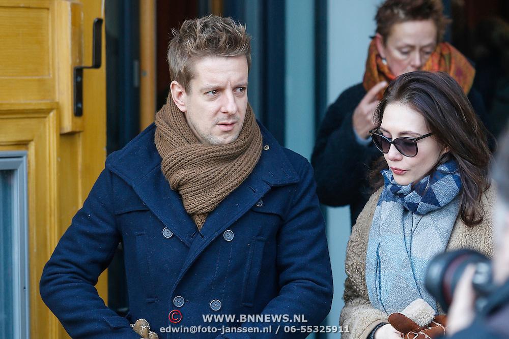 NLD/Amsterdam/20121208 - Herdenkingsdienst voor de verleden Jeroen Willems, Alex Klaassen en Carice van Houten