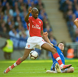 LONDON, ENGLAND - Saturday, April 18, 2009: Arsenal's Abou Diaby and Chelsea's Frank Lampard during the FA Cup Semi-Final match at Wembley. (Photo by: David Rawcliffe/Propaganda)