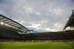 LONDON, ENGLAND - Wednesday, May 6, 2009: Chelsea take on Barcelona during the UEFA Champions League Semi-Final 2nd Leg match at Stamford Bridge. (Photo by David Rawcliffe/Propaganda)