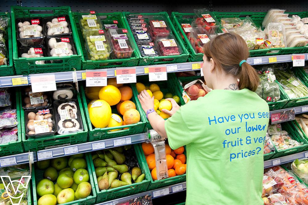 Fresh three fruit branding<br /> <br /> Lincolnshire Co-operative food store, Long Bennington, Lincolnshire.<br /> <br /> Date: September 28, 2015