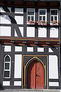 gotische Tür, historisches Rathaus, Schotten, Vogelsberg, Hessen, Deutschland | gothic door, historical guild hall, Schotten, Vogelsberg, Hesse, Germany