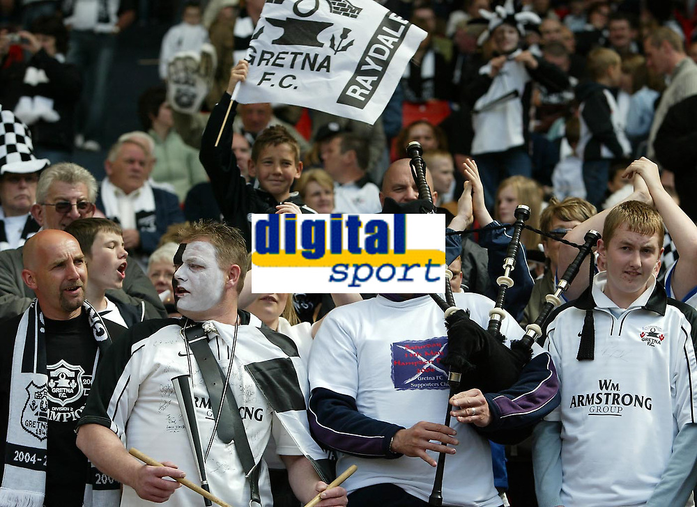 Photo: Andrew Unwin.<br /> Hearts v Gretna. Tennants Scottish Cup Final. 13/05/2006.<br /> Gretna fans cheer on their team.