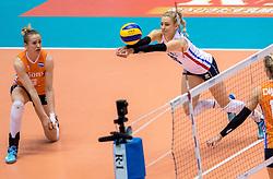 18-05-2016 JAP: OKT Nederland - Dominicaanse Republiek, Tokio<br /> Nederland is weer een stap dichterbij kwalificatie voor de Olympische Spelen. Dit dankzij een 3-0 overwinning op de Dominicaanse Republiek / Maret Balkestein-Grothues #6, Debby Stam-Pilon #16