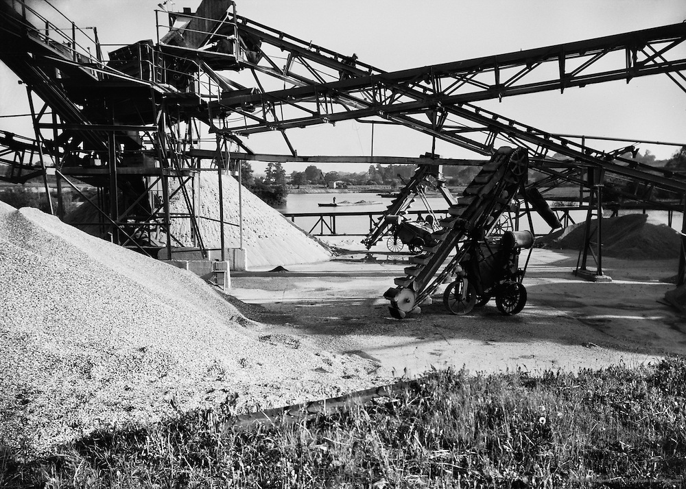 Sand and gravel pit, scaffolding, machinery, Kent, England, 1936