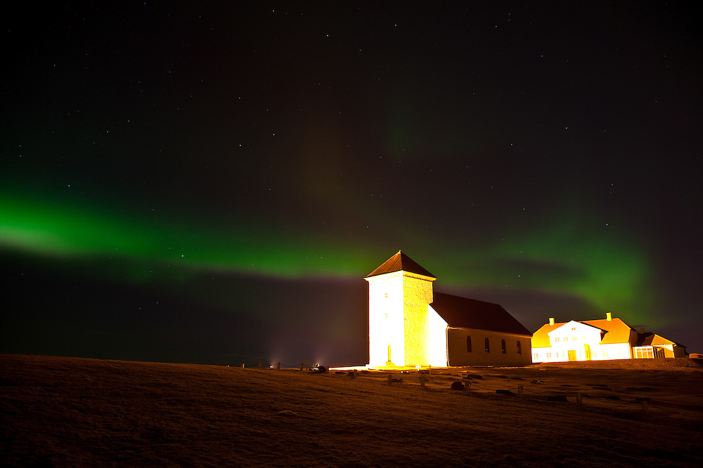 Northern lights at the Icelandic presidential residence Bessastaðir.