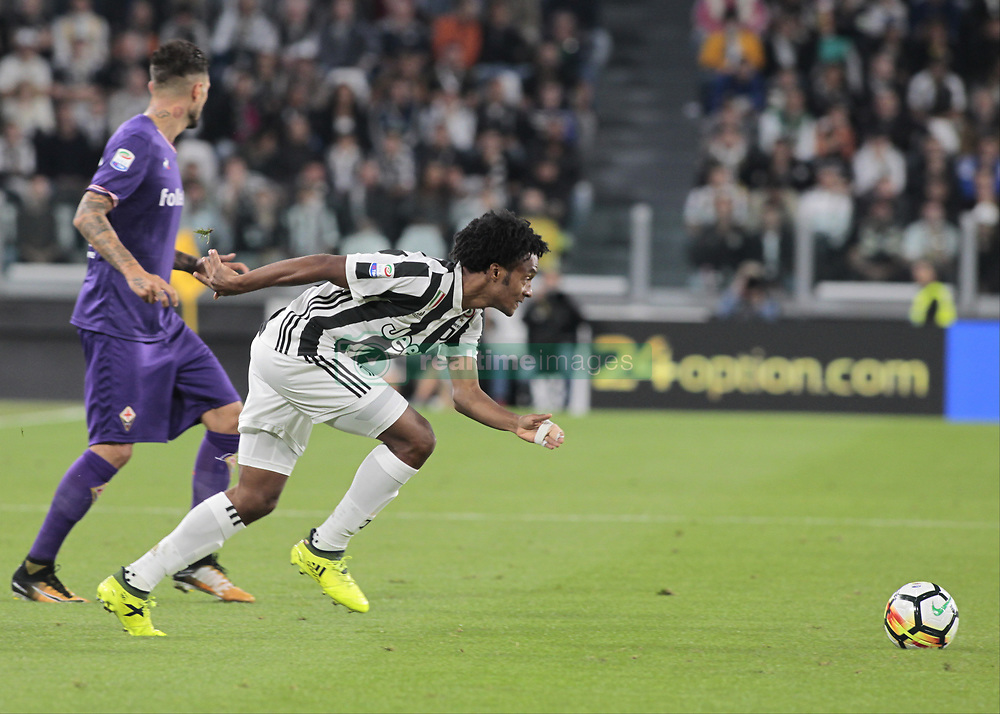September 20, 2017 - Turin, Italy - Juan Cuadrado during Serie A match between Juventus v Fiorentina, in Turin, on September 20, 2017  (Credit Image: © Loris Roselli/NurPhoto via ZUMA Press)