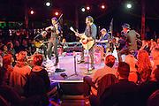 Silent Radio - Wintertheater 2015 im Spiegelzelt in Braunschweig am 26.Dezember 2015. Foto: Rüdiger Knuth