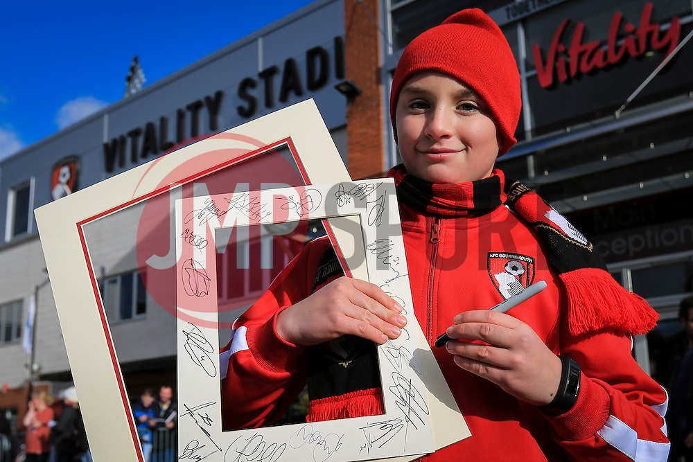 A Bournemouth fan collecting autographs - Mandatory by-line: Jason Brown/JMP - Mobile 07966 386802 07/02/2016 - SPORT - FOOTBALL - Bournemouth, Vitality Stadium - AFC Bournemouth v Arsenal - Barclays Premier League