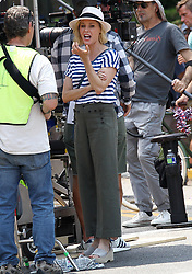 Ed O'Neill and Julie Bowen on the Set of Modern Family. 09 Aug 2018 Pictured: JULIE BOWEN. Photo credit: TRF Images /MEGA TheMegaAgency.com +1 888 505 6342