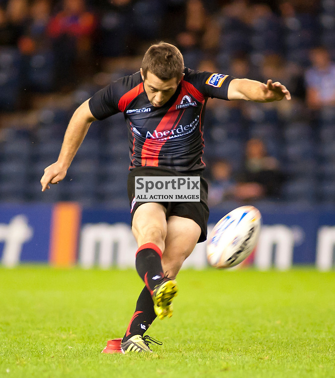 Greig Laidlaw kicks a penalty, Edinburgh Rugby v Cardiff Blues, RaboDirect Pro12 League