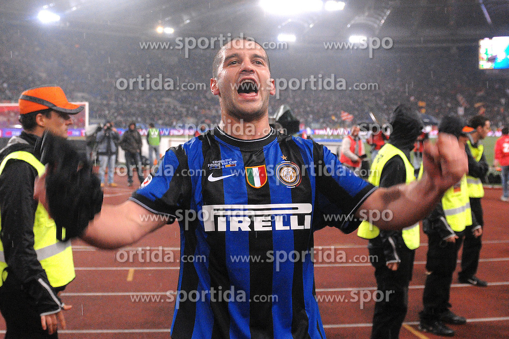 05.05.2010, Stadio Olimpico, ITA, Finale Coppa Italia, AS Rom vs Inter Mailand im Bild Cristian CHIVU., EXPA Pictures © 2010, PhotoCredit: EXPA/ InsideFoto/ Massimo Oliva / SPORTIDA PHOTO AGENCY