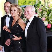 NLD/Amsterdam/20110527 - 40ste verjaardag Prinses Maxima, Ouders en broer van Prinses Maxima, Jorge Zorreguieta met partner Maria en zoon Martin